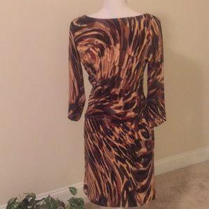 Jessica Howard leopard look dress